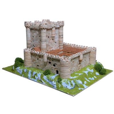 Fuensalda�a Castle Model Kit
