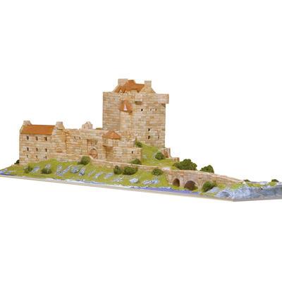 Eilean Donan Castle Model Kit