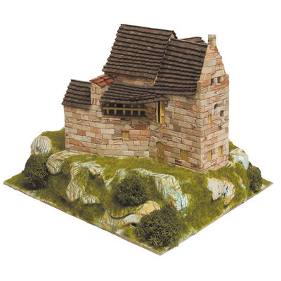 Small Refuge HO Model Kit